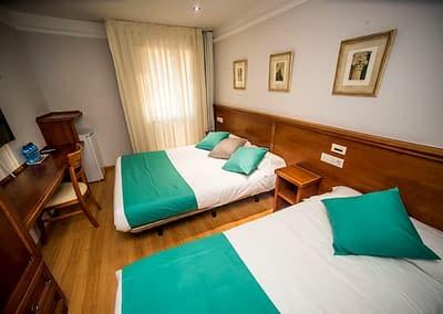 Habitación doble del Hotel Alba en Soria