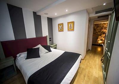 Habitación doble estándar en el centro de hotel en soria